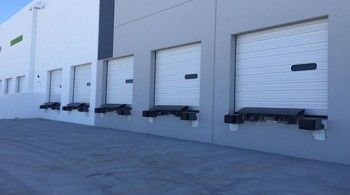Level 10 Overhead Doors offers the best garage door repair in Mountain View CA and can help you with everything from garage door cables, door springs to garage door installation in Mountain View CA.