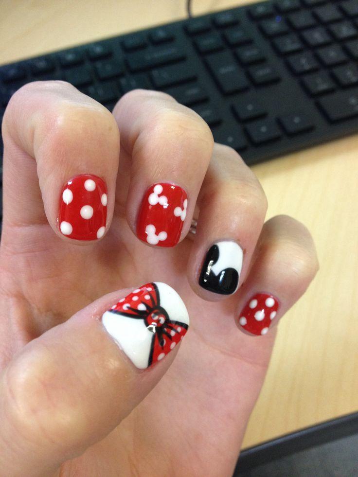Mickey Mouse nail design   Jrs 1st birthday   Pinterest   Uñas ...