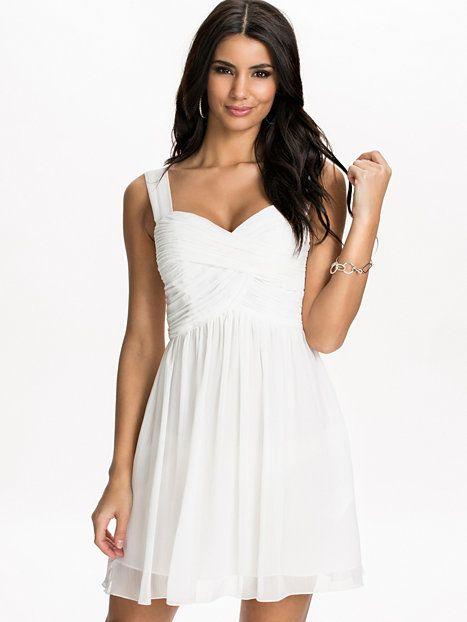 Nelly.com: Drape Bust Dress - NLY One - kvinna - Vit. Nyheter varje dag. Över 800 varumärken. Oändlig variation.