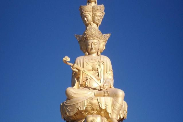 An analysis of the lotus sutra as the important scripture in mahayana buddhism