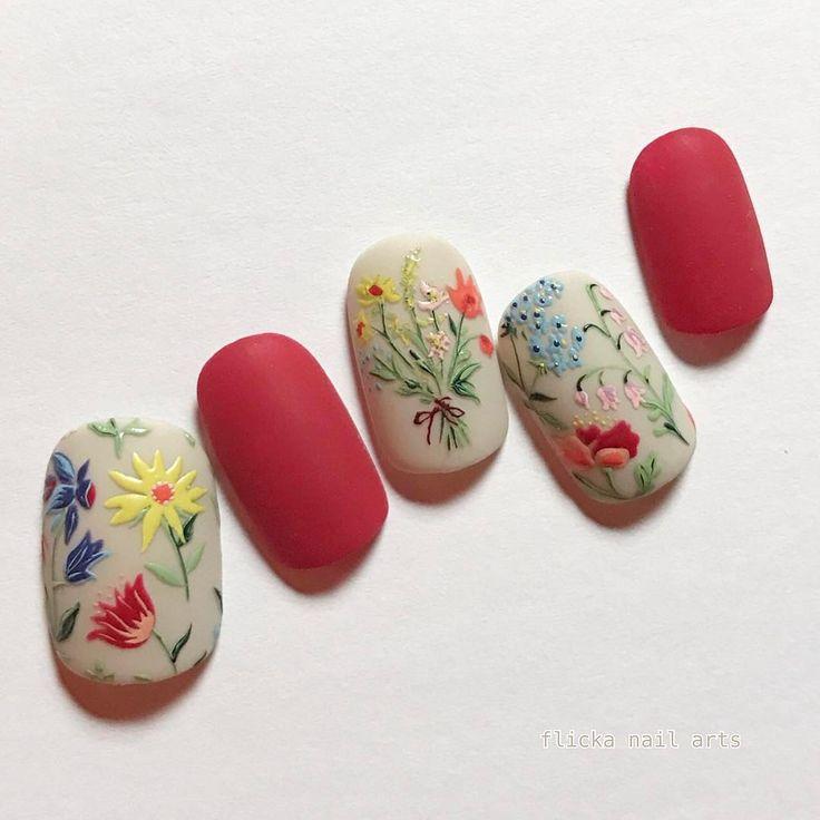 """いいね!2,052件、コメント11件 ― SAORI NAKAGAWAさん(@flickanail)のInstagramアカウント: 「""""retro flower"""" @nailmax_official」"""