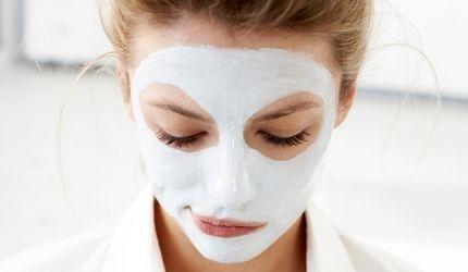 Ansigtsmasker: Klar og blød hud med honning og yoghurt | I FORM