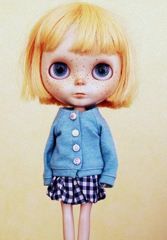 mini willie by tcugumy ☀, via flickr {con permiso de mi blythe...}