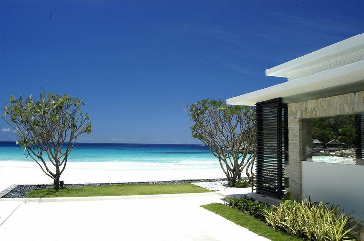 Ja, das ist echt – herrlich, oder? The Racha Resort auf Phuket – eine Nacht ab 105 € http://www.lastminute.de/reisen/954-45825-hotel-the-racha-resort-ko-racha-yai/?lmextid=a1618_179_e30