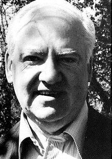 Wikipedia.org/*** Robert Giroux (1914 – 2008) EDITOR & PUBLISHER