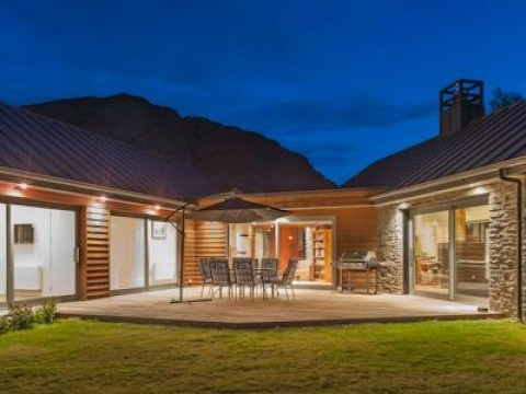 Luxury at Arthur's Point, Luxury House in Queenstown & Lakes, New Zealand