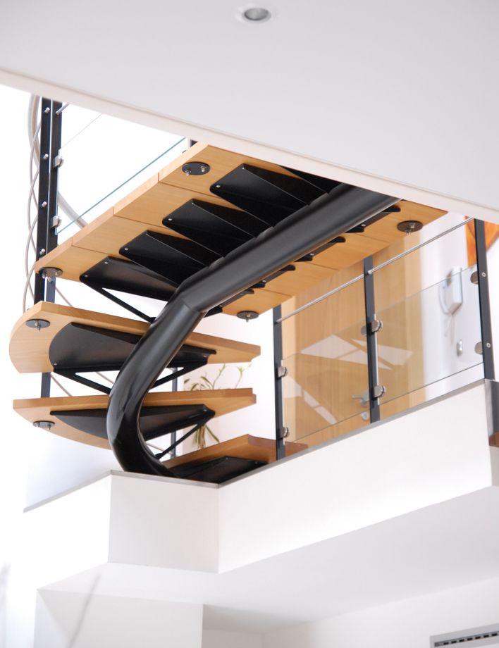 les 25 meilleures id es de la cat gorie limon d escalier. Black Bedroom Furniture Sets. Home Design Ideas
