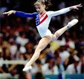 My all-time favorite gymnast, Dominique Moceanu <3