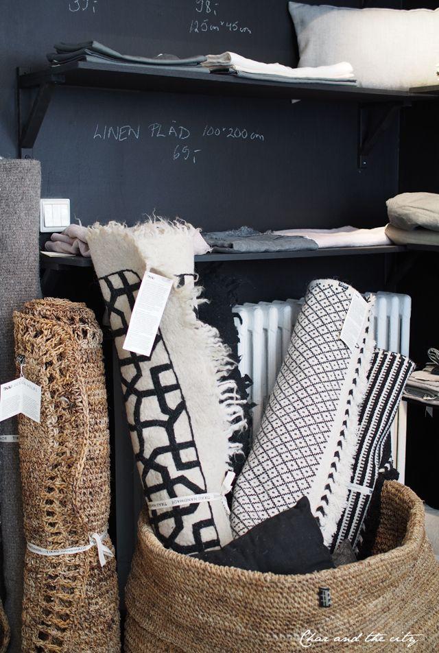 Tikau store in Helsinki: http://divaaniblogit.fi/charandthecity/2014/05/14/tikau-mustavalkoiset-matot/