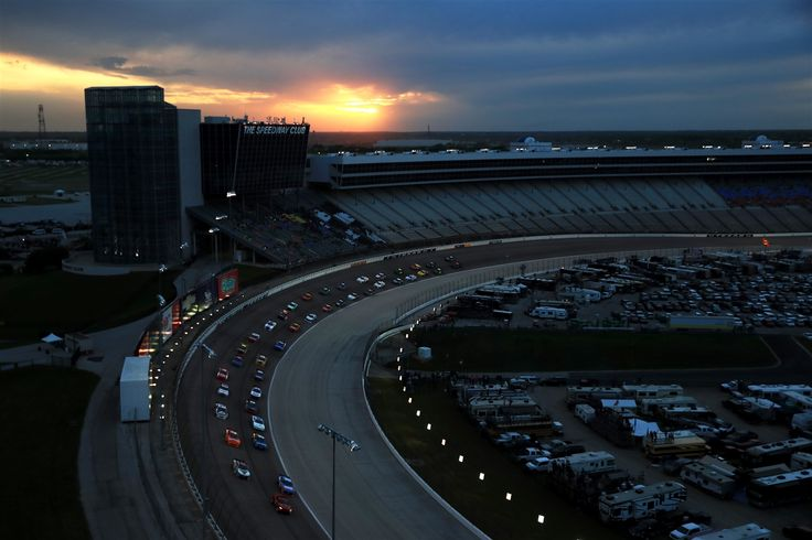 """Snapshot: Texas Friday, April 8, 2016 By RJ Kraft   The season's first night race takes place at Texas Motor Speedway on Saturday night with the Duck Commander 500 (7:30 p.m. ET, FOX, PRN, SiriusXM NASCAR Radio). At a track that is home to """"Big Hoss,"""" a stuffed goat named Lil' Dale and so much more, the 334-lap event will mark the first intermediate track race since March at Las Vegas Motor Speedway. Known as """"No limits,"""" drivers will be pushed to the limit to try to secure a win in the…"""