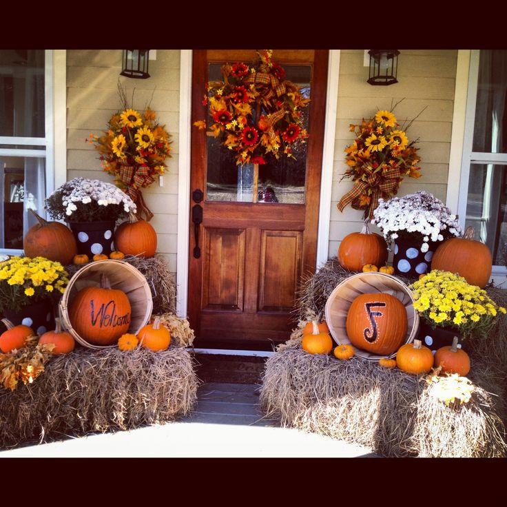 Mums and pumpkin decor