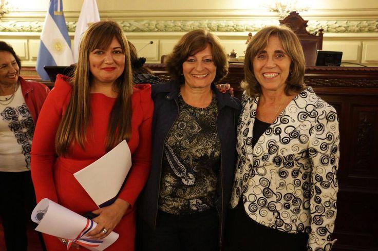 Felicitamos desde Equilibrium Global a las diplomáticas argentinas Frida Armas Pfirter, Carolina Vicens y Erika Imhof,que fueron reconocidas por la Cámara de Diputados de la Provincia de Santa Fe con presencia del Gobernandor. Esto es por la labor que desempeñaron en la Comisión Nacional del Límite Exterior de la Plataforma Continental (COPLA); proyecto que ha significado el reconocimiento de las Naciones para agregar un 35% a la plataforma submarina de #Argentina. Felicitaciones!!
