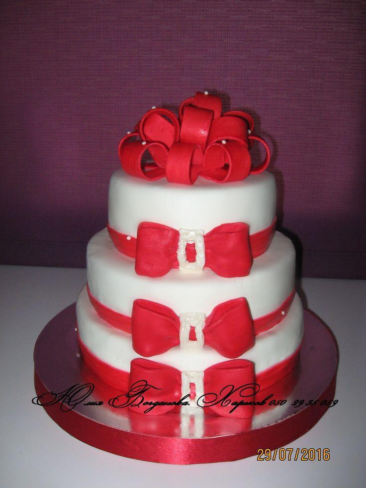 Красный бант #торт_на_заказ_харьков #ярусные #бисквитный_торт