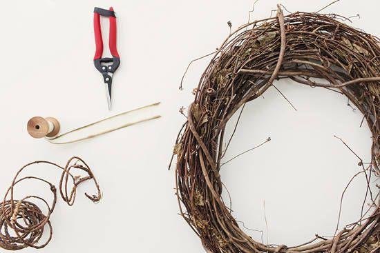 DIY holiday wreath | designlovefest + moon canyon