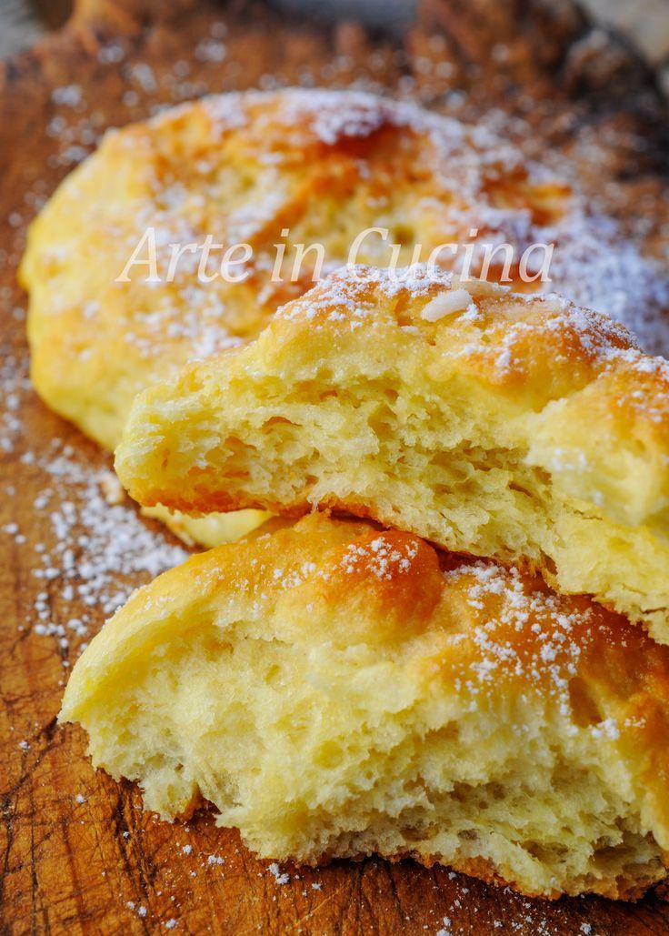 Focaccine morbide alla vaniglia brioche facili per colazione o merenda, sofficissime