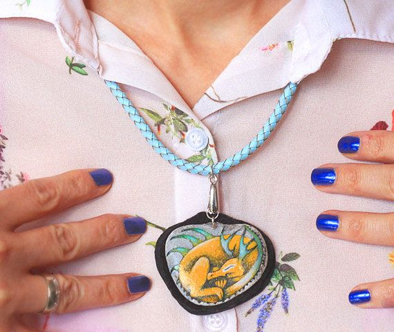 Stone necklace with a hand-painted sleeping yellow by SkadiaArt