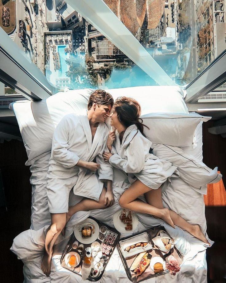 Your lovely smile + breakfast in bed = Best start of the day.⠀ —⠀ 👫 partimetravelers⠀ —⠀ 🌎 #Barcelona #Spain⠀ —⠀ #flirtory #mo…