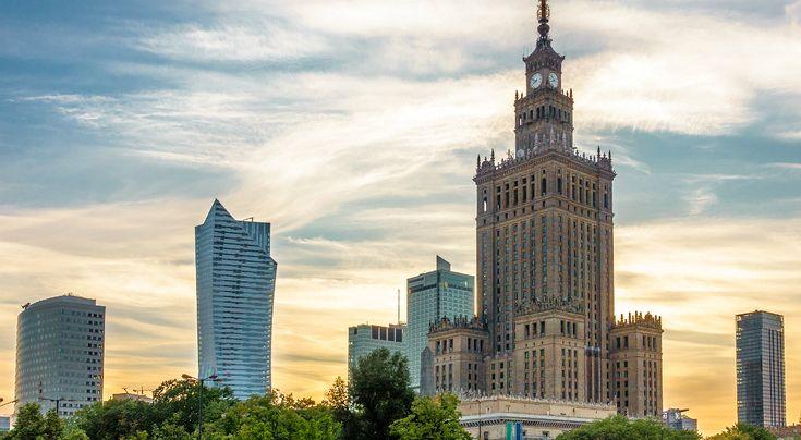 Pałac Kultury mierzy 237 metrów wysokości