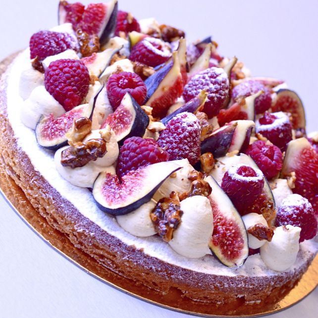 This tarte figues framboises looks delicious! ACx