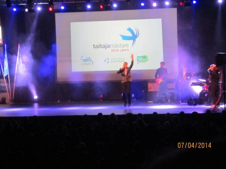 Musiikista avajaisissa vastasi SuperFriends. SuperFriends esitti myös Taitaja2014 kappaleen.