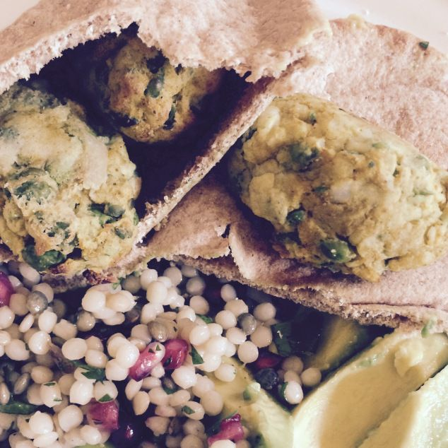 Bank holiday weekend has been rudely interrupted by worktoday. To cheer myself up I've brought a tasty pack up for my lunch. The sweet potato pakoras were a triumph for me so I've gone…