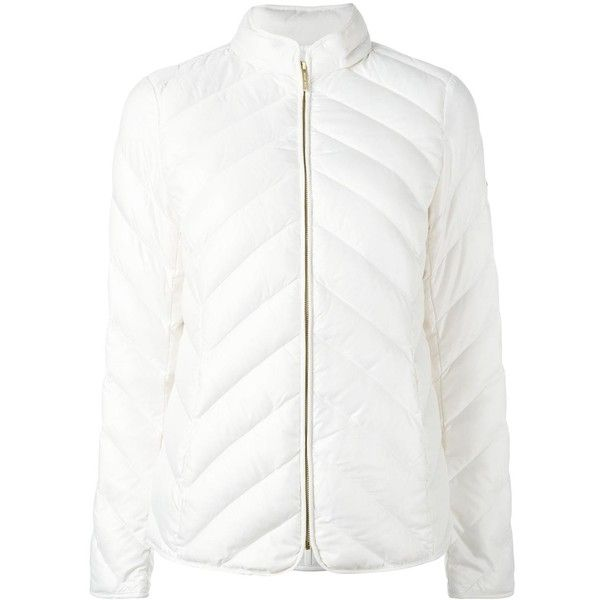 Michael Michael Kors padded gilet ($261) ❤ liked on Polyvore featuring outerwear, vests, white, padding vest, michael michael kors, white waistcoat, white vest and padded vest
