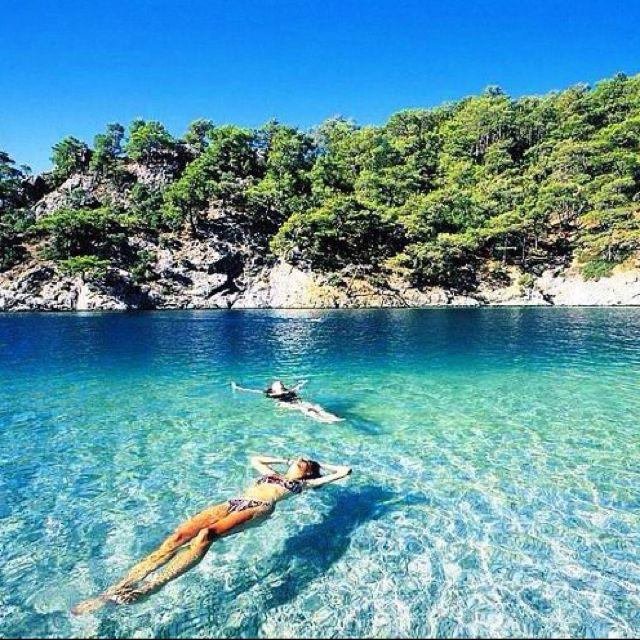 Fethiye, Turquie. https://www.maritima-sailing.fr/mediterranee/location-voilier-catamaran-turquie-fethiye#informations