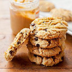 Ciasteczka z masłem orzechowym i kawałkami czekolady | Kwestia Smaku