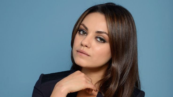 Mila Kunis Height, Weight, Age, Affairs, Movies List, Family