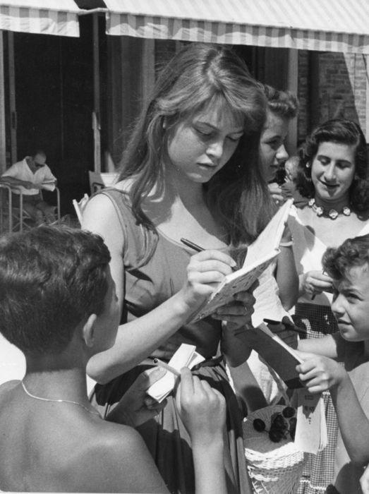 Фотографии Brigitte Bardot | Брижит Бардо – 95 альбомов | ВКонтакте