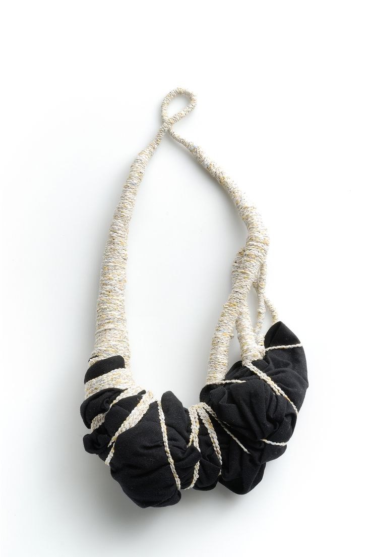 Elinor de Spoelberch sculptural textiles necklace