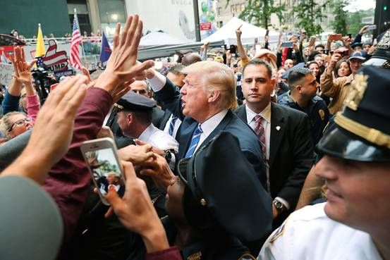 Donald Trump's New Attack Strategy: Keep Clinton Voters Home - WSJ