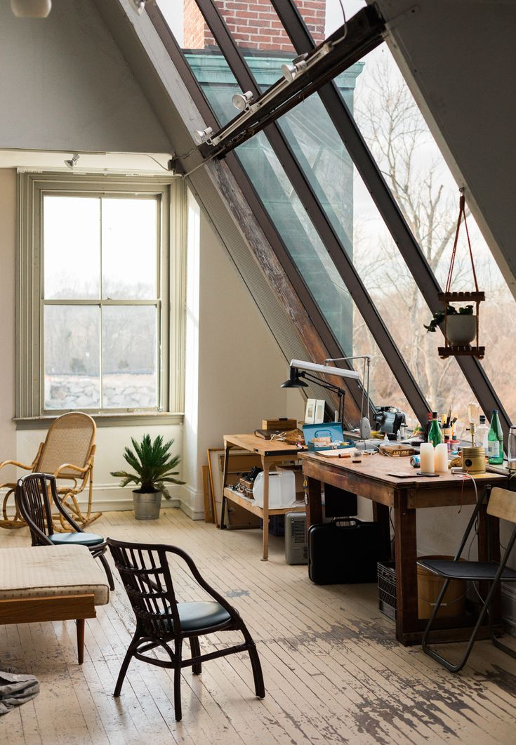 Located in a historic building in Westerly, Rhode Island, Spellman's #studio is infused with natural light, thanks to the expansive windows. #art
