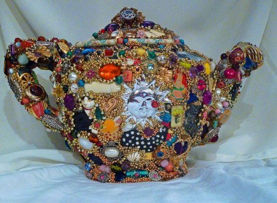 This incredible mosaic teapot is the creation of Lily Rose Prawitt: Rose, Mosaics Art, Teas Time, Teas Pots Art, Salts Lakes Cities, Incr Mosaics, Art Teapots, Blog, Mosaics Teapots
