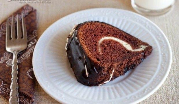 Σοκολατένιο κέικ γεμιστό με κρέμα και ganache από τις «Γλυκές Τρέλες» !