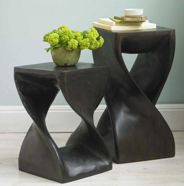 Tables/stools near window seats