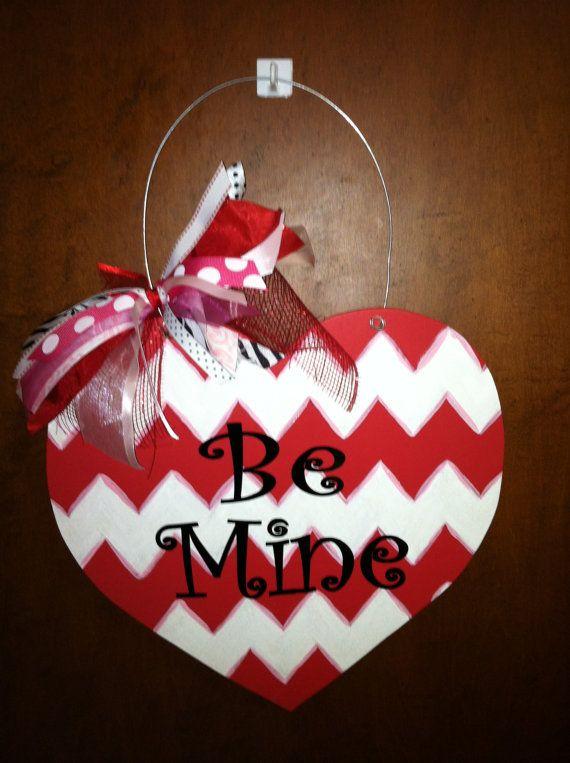 22 best wooden door hangers valentine 39 s day images on pinterest valentines burlap crafts and. Black Bedroom Furniture Sets. Home Design Ideas