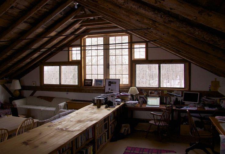 納屋の二階のスタジオ