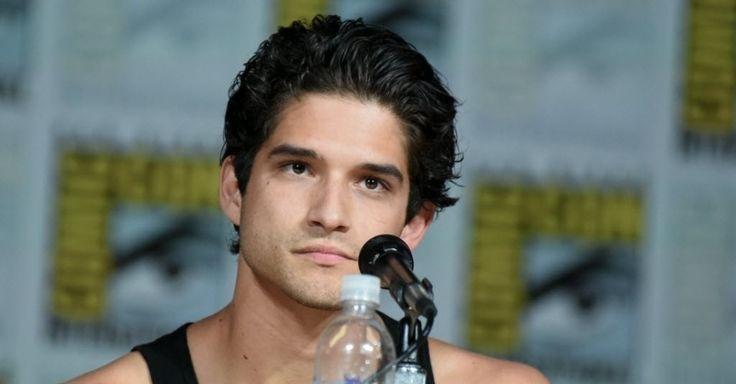"""Tyler Posey, protagonista de """"Teen Wolf"""", fala aos fãs da série da MTV na Comic-Con 2015. Durante o painel, o canal oficializou a renovação da série para a sexta temporada"""