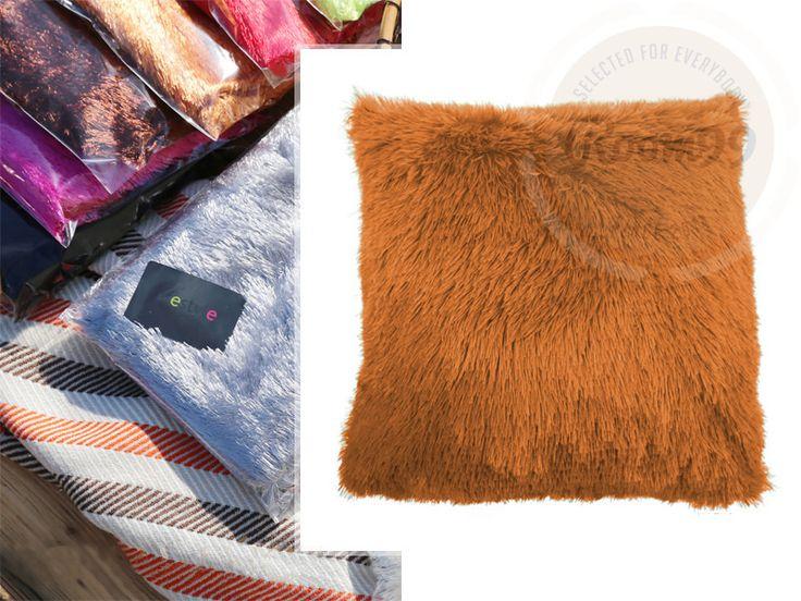 Dekoračné obliečky na vankúše tmavo oranžovej farby do obývačky