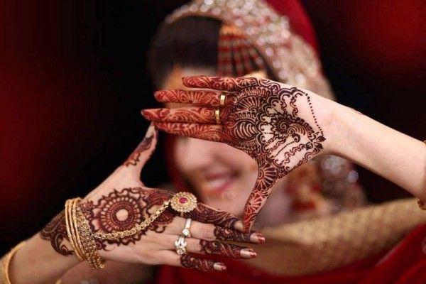 beautiful arabic style pakistani mehndi design 13