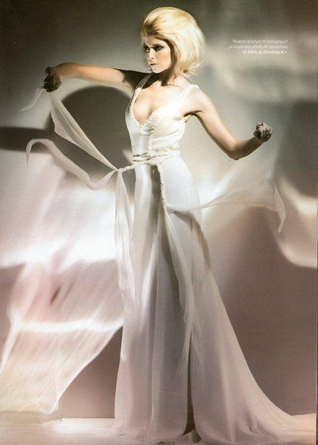 """Wedding White"" mag."