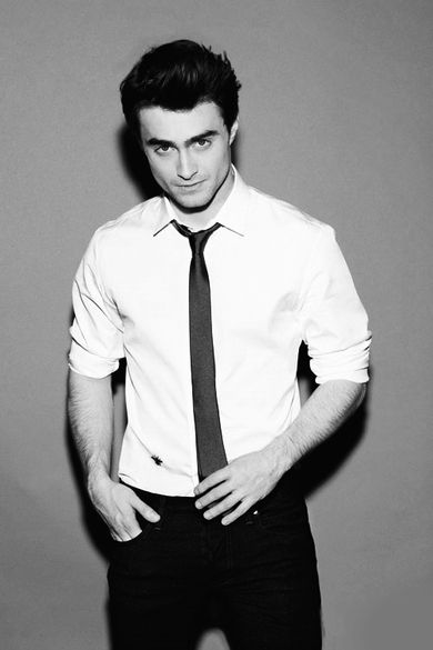 Okay Daniel Radcliffe was enough, but in dress clothes... im done. I'm done.