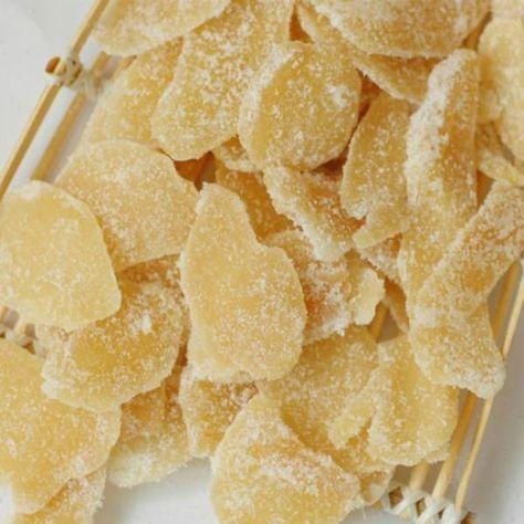 Aprenda a preparar gengibre cristalizado com esta excelente e fácil receita. O gengibre é uma raiz com vários benefícios para nossa saúde, sobretudo ao nível do...