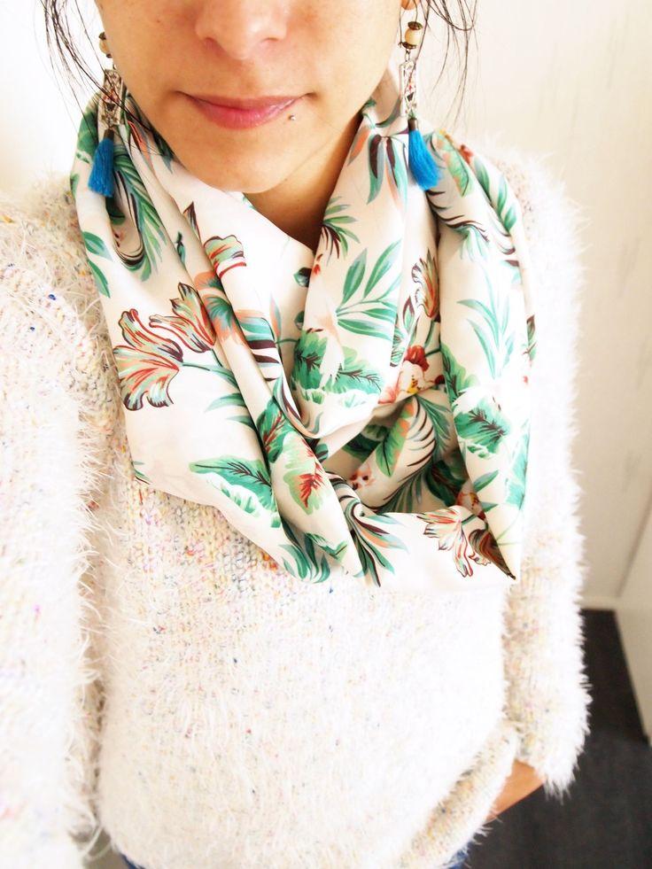 Snood double, mi-saison, motifs fleuris : Echarpe, foulard, cravate par la-fee-curiosites