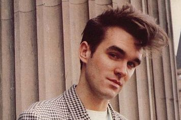 <b>He laughs. He licks! HE TAKES OFF HIS SHIRT.</b> Who needs Ryan Gosling in a world where Morrissey exists?