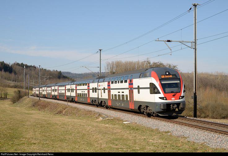 511 019 SBB RABe 511 at Lottstetten, Germany by Reinhard Reiss