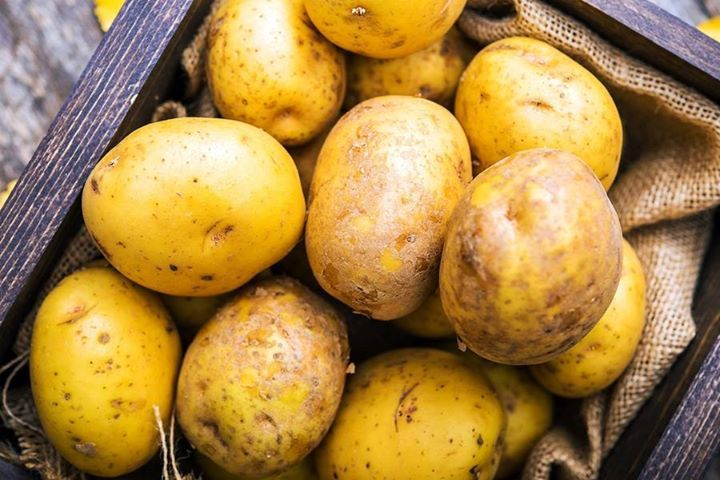 Potatoes are a nutritious, healthy food that are rich in vitamins A, C, & B-complex and minerals such as manganese, iron, magnesium, copper, and potassium.