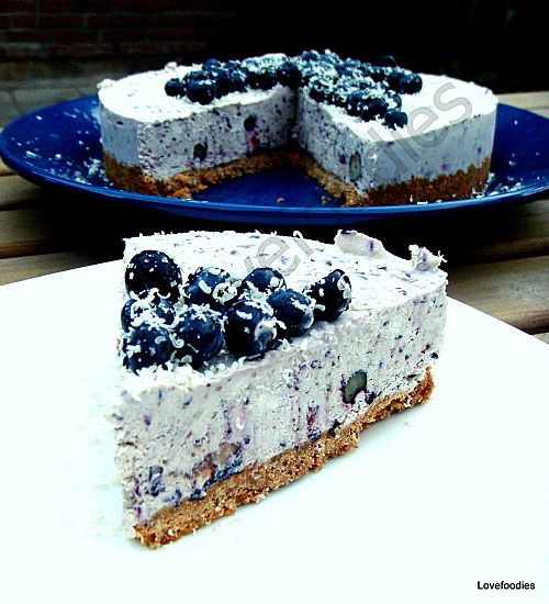 Blueberry  White Chocolate Cheesecake - Lovefoodies hanging out! Tease your taste buds!