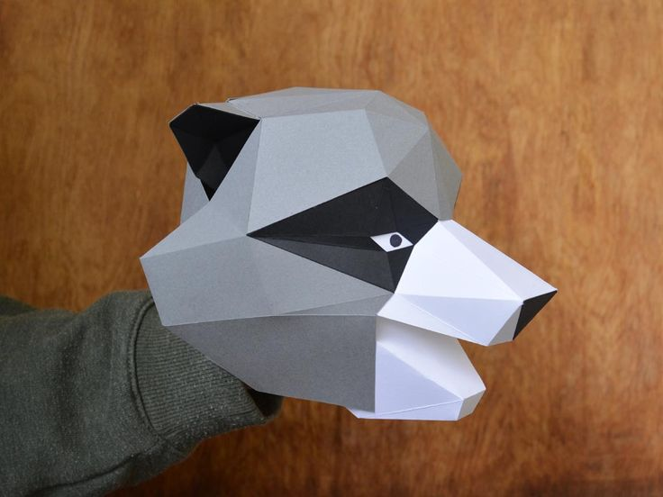 This adorable raccoon puppet opens it mouth and wiggles its ears. Make your own with our PDF pattern.